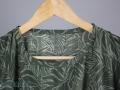 Ausschnitt der Vintage 80er Jahre Bluse für Frauen. JanaKnöpfchen. Nähen für Jungs