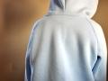 farbenmix hoodie gonzalo tragebild hinten.janaknöpfchen.nähen für jungs