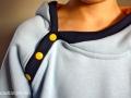 tragebild detail knopfleiste hoodie minion.janaknöpfchen.nähen für jungs