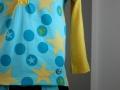 JanaKnoepfchen_Shirt+Hose seitlich.jpg