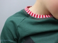 Halsbündchen an selbstgenähtem Weihnachtsshirt für Jungs.  JanaKnöpfchen - Nähen für Jungs