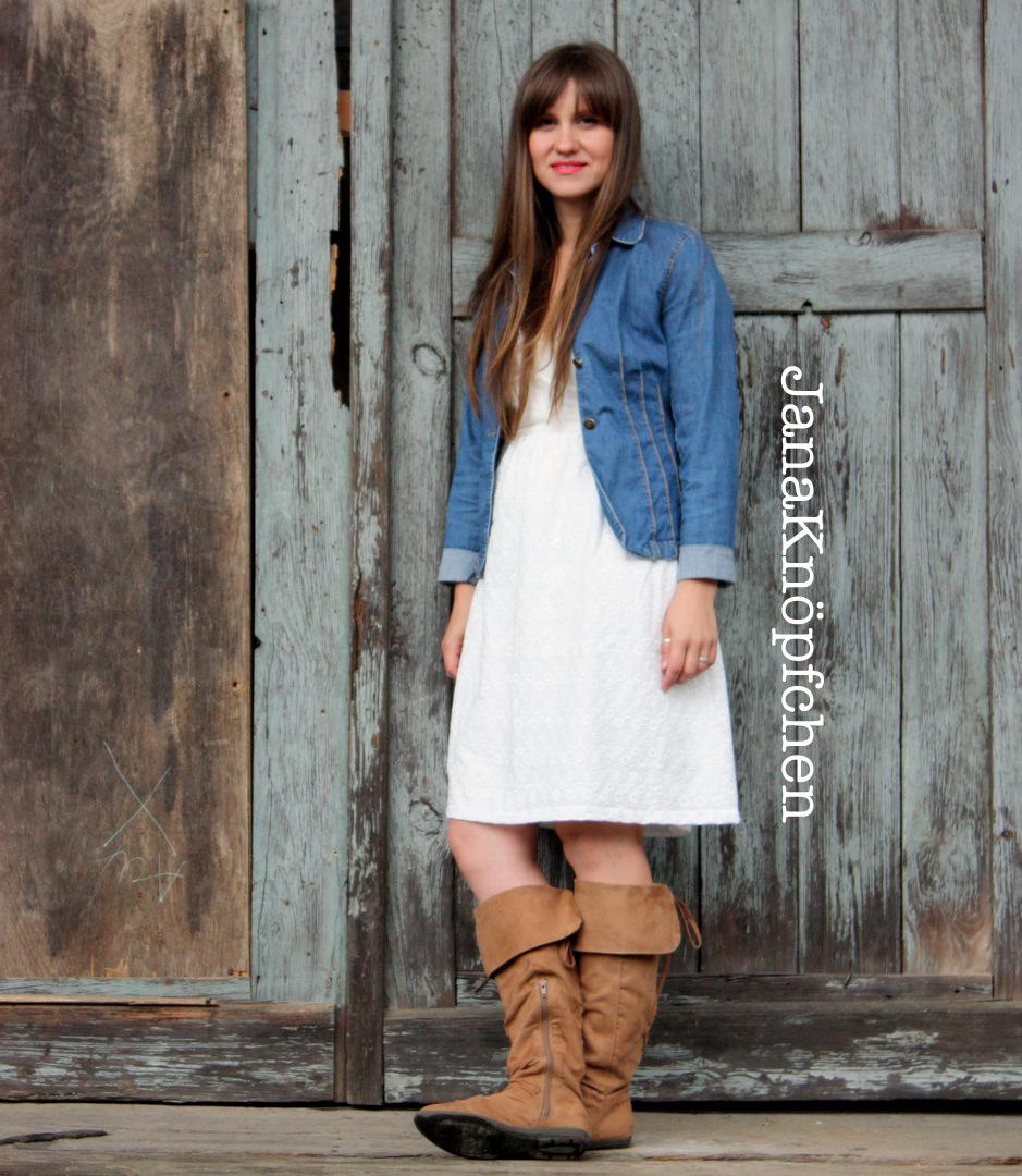 Selbstgenähtes Sommerkleid nach Burda Style Schnitt in weiß. JanaKnöpfchen - Nähen für Jungs