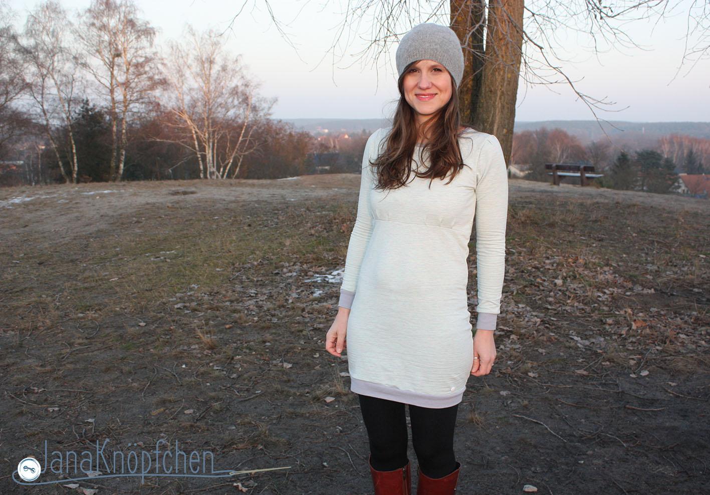 Sweatkleid Wilma von LimeNox nähen. Probenähbeispiel für neuen Schnitt Kleid Wilma. JanaKnöpfchen - Nähblog