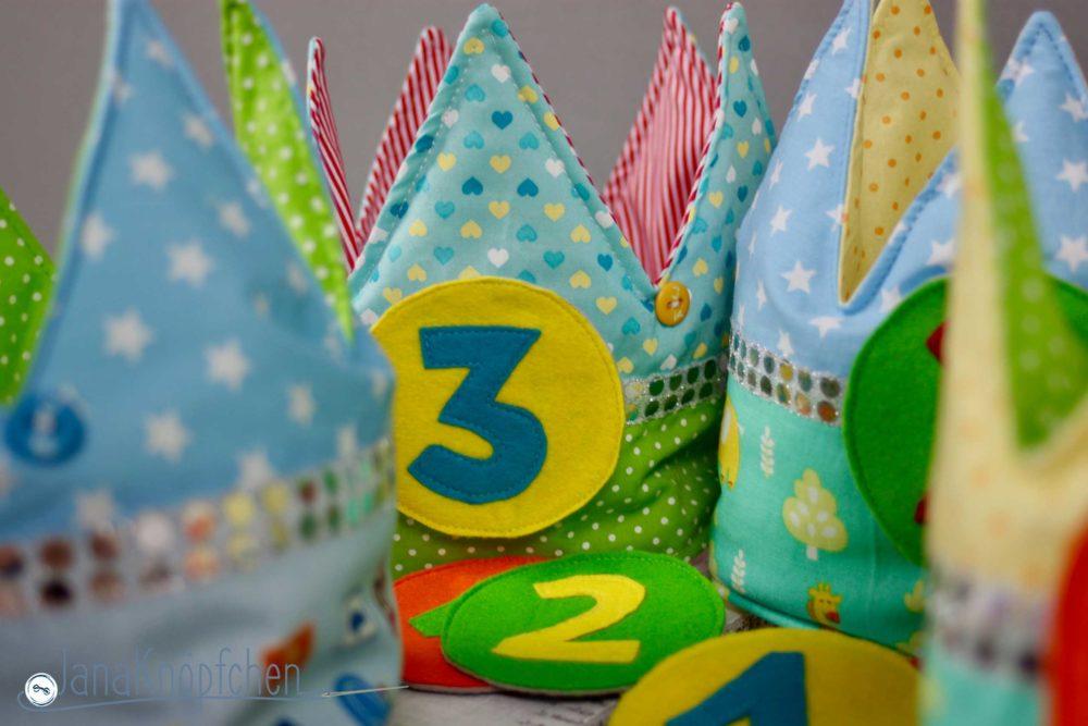 Geburtstagskronen nähen mit abnehmbarer Zahl. JanaKnöpfchen - Nähen für Jungs. Nähblog