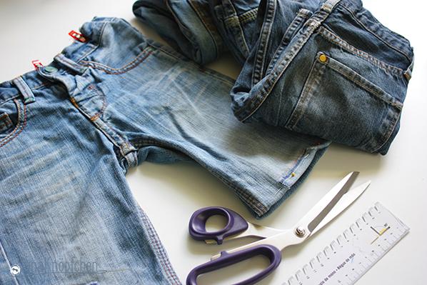 Tutorial aus langer Jeans nähe kurze Jeans. Jeanshosen kürzen ist leicht. JanaKnöpfchen - Nähen für Jungs. Nähblog
