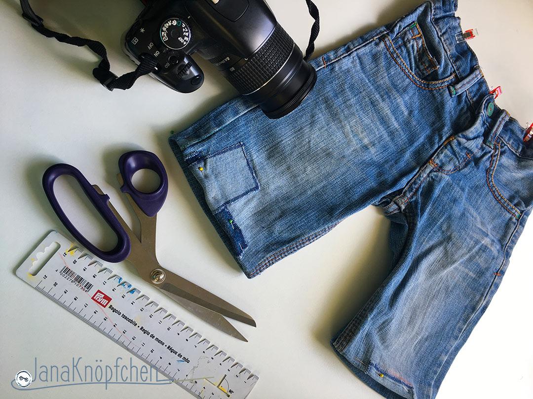 Tutorial Jeanshosen kürzen. Aus einer langen Jeans eine kurze Jeans nähen - Upcycling. JanaKnöpfchen - Nähen für Jungs. Nähblog