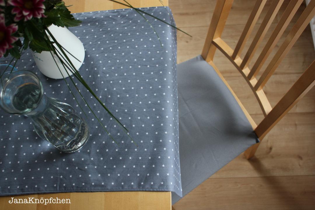 neue sitzbez ge n hen f rs e zimmer und dazu einen tischl ufer. Black Bedroom Furniture Sets. Home Design Ideas
