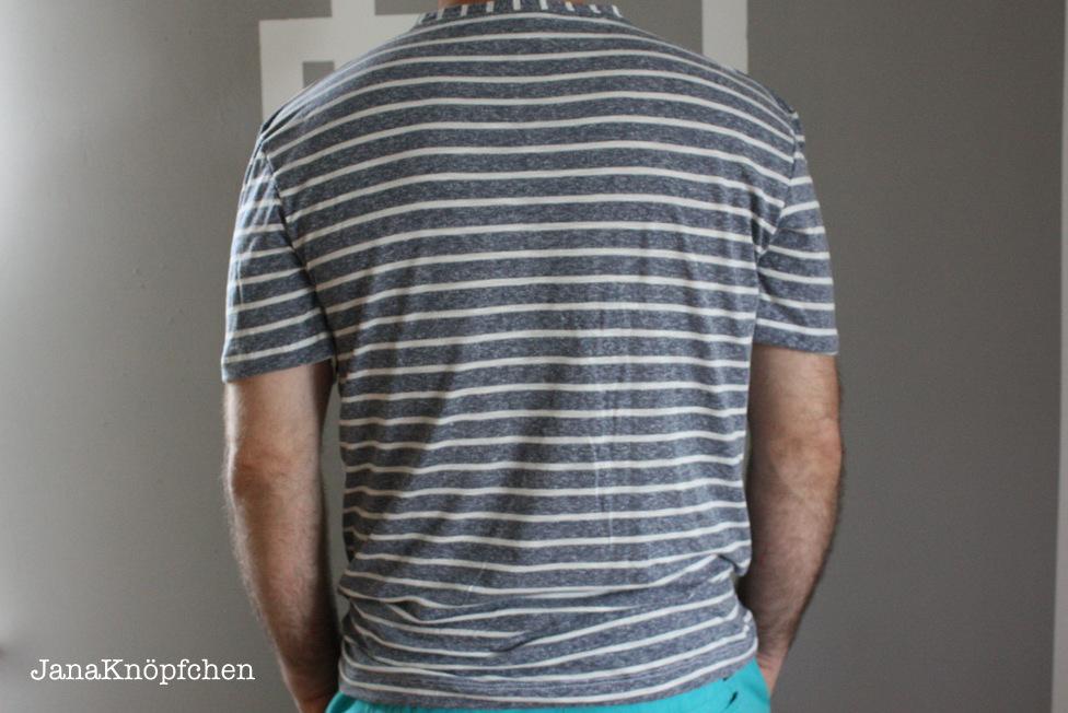 Ruecken T-Shirt fuer Maenner. Schnitt Max von Pattydoo. JanaKnoepfchen Naehblog