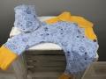 Babyhose und Tuch selbstgenäht als Geschenk zur Geburt. JanaKnöpfchen - Nähen für Jungs