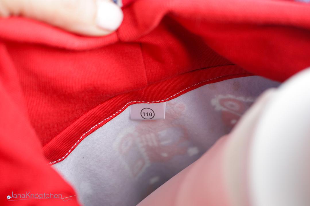 Größenschild für selbstgenähte Kleidung - im Hoodie. JanaKnöpfchen - Nähen für Jungs