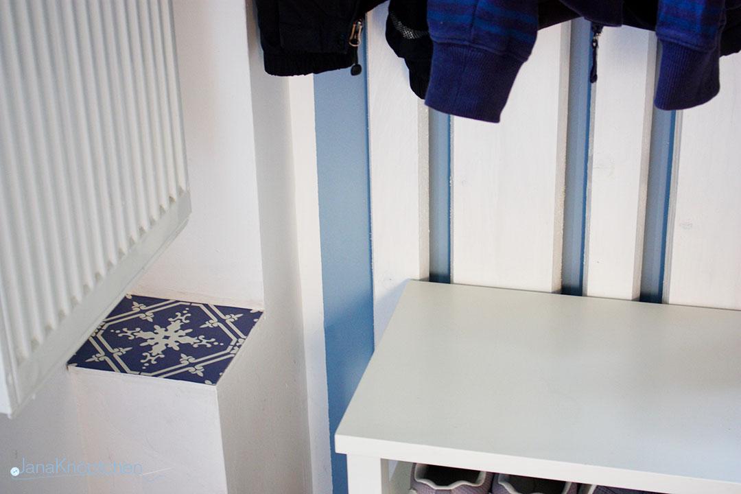 DIY Garderobe für den Flur - Detail der Fliese. JanaKnöpfchen - Nähen für Jungs