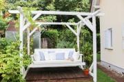 Gartenschaukel als gemütlicher Platz im Garten. JanaKnöpfchen - Nähblog
