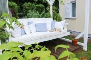 Gemütliche Gartenschaukel mit selbstgenähten Sitzkissen. JanaKnöpfchen - Nähblog