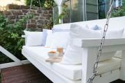 Gartenschaukel mit vielen Kissen selbstgebaut. JanaKnöpfchen - Nähblog