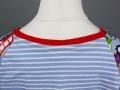 Rückseite des Halsausschnitt beim selbstgenähten Geburtstagsshirt für Jungs. JanaKnöpfchen - Nähen für Jungs