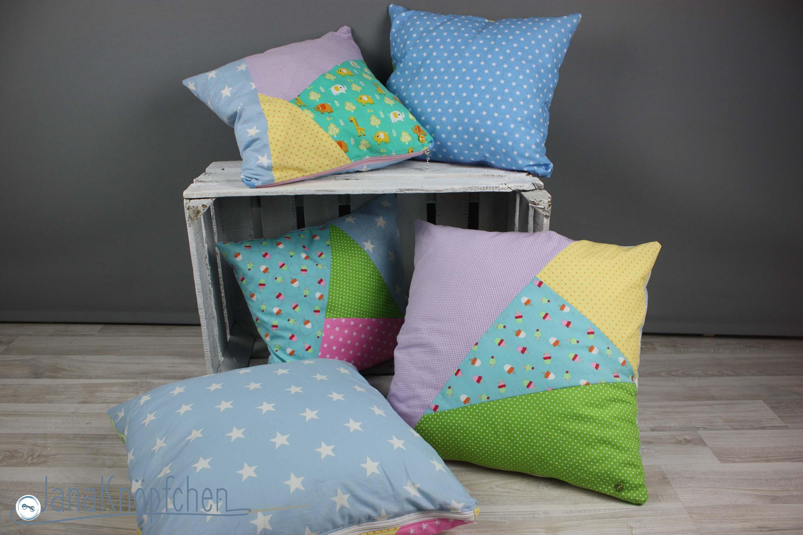 patchworkkissen f r die kita eingangsbereich versch nern. Black Bedroom Furniture Sets. Home Design Ideas