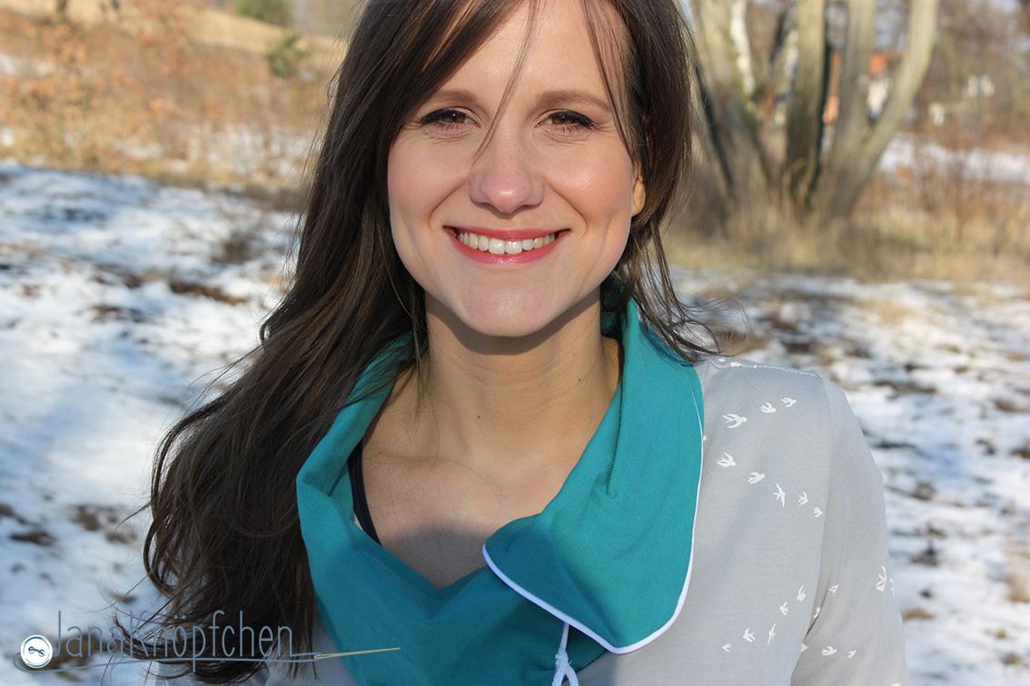 Hoodie mit großen Kragen nähen für 12colorsofhandmadefashion gruen - janaknöpfchen - nähblog