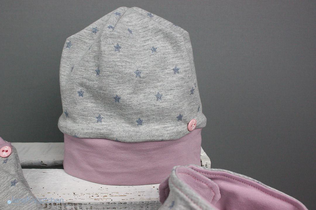 Mütze genäht für kleine Mädchen. JanaKnöpfchen - Nähen für Jungs