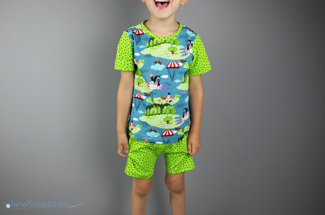 Pauli-Stoff mit Raketen - kurzen Schlafanzug nähen für Jungs. JanaKnöpfchen - Nähen für Jungs
