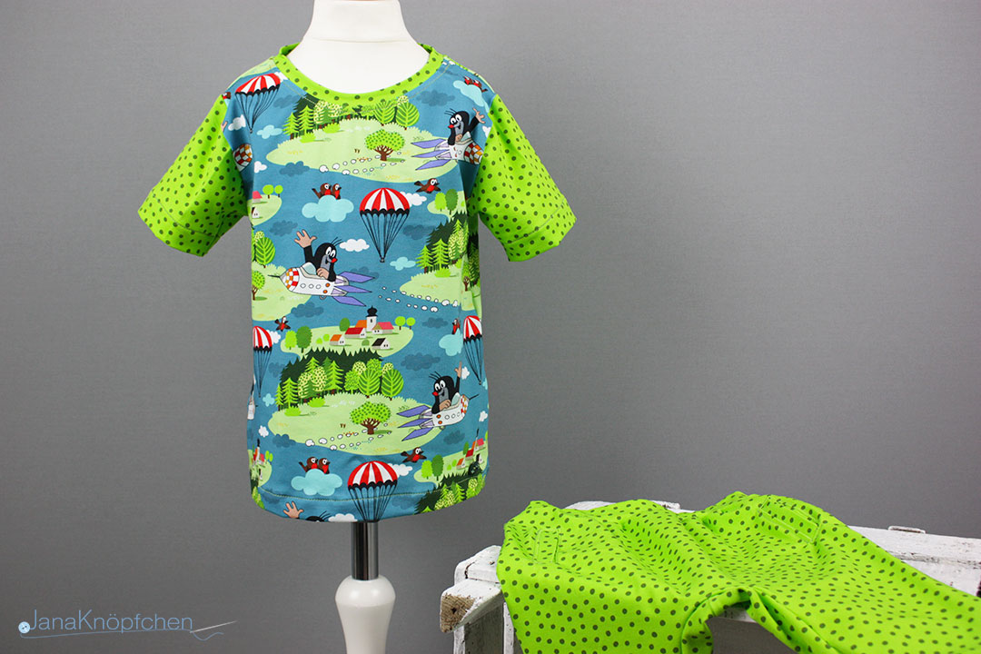 Kurzen Schlafanzug nähen aus Pauli-Stoff. JanaKnöpfchen - Nähen für Jungs