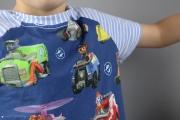 Halsausschnitt des selbstgenähten Schlafanzug von Paw Patrol. JanaKnöpfchen - Nähen für Jungs