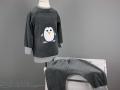 selbstgenaehter schlafanzug mit pinguin applikation.JanaKnöpfchen. Nähblog - Nähen für Jungs