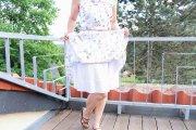 Sommerkleid mit Blümchen und Unterrock nähen. JanaKnöpfchen - Nähen für Jungs