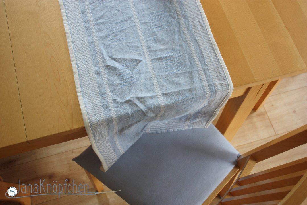 tischläufer genäht passend zum stuhlbezug. janaknöpfchen nähblog-nähen für jungs