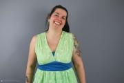Burda Tunika-Kleid mit V-Ausschnitt ohne Ärmel genäht. JanaKnöpfchen - Nähen für Jungs