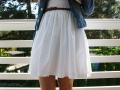 Weißer Faltenrock mit Jeansjacke kombinieren.  JanaKnöpfchen - Nähen für Jungs