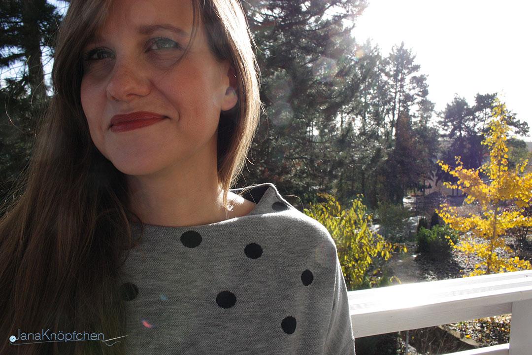 Oberteil Frau Nora in grau nähen. Schnitt von Hedinäht. JanaKnöpfchen - Nähen für Jungs