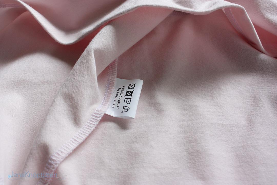 Wie wasche ich selbstgenähte Kleidung. Wäsche und Pflegeetiketten für selbstgenähte Kleidung. JanaKnöpfchen - Nähen für Jungs