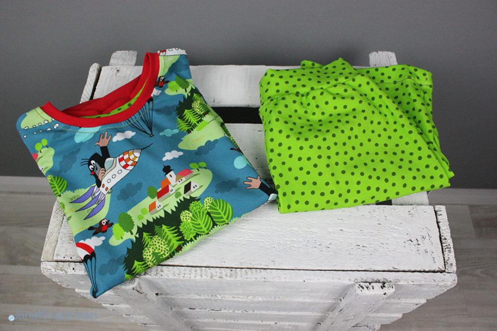 Selbstgenähten Maulwurfschlafanzug für Jungs mit Pauli. JanaKnöpfchen - Nähen für Jungs