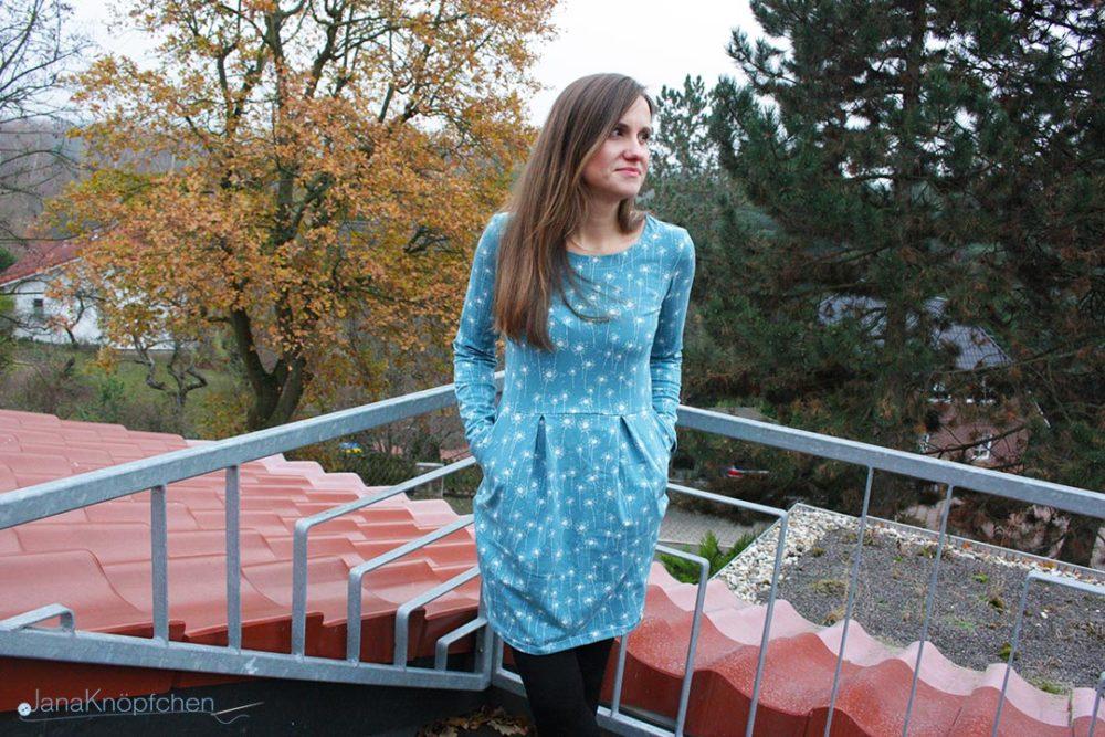 Kleid Chloe aus Jersey nähen. Blogpost zum Herbstkleid Chloe. JanaKnöpfchen - Nähen für Jungs