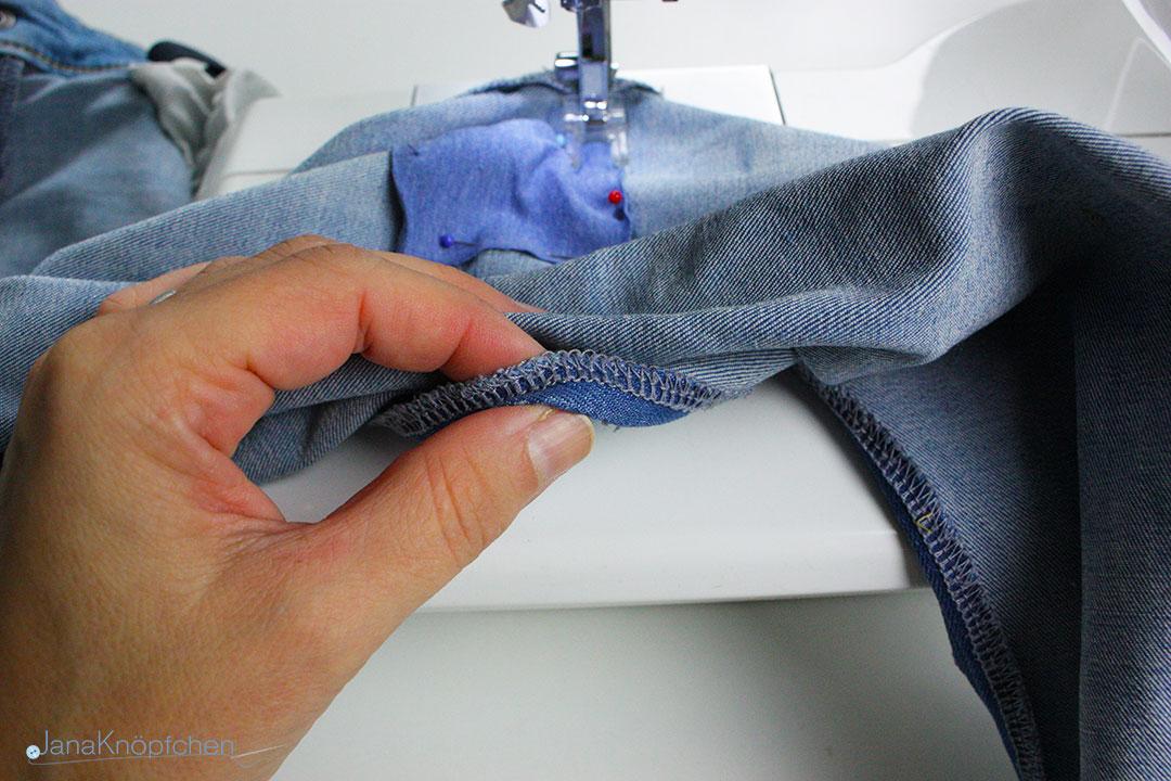 Tutorial Jeans flicken. Jersey auf Jeans festnähen. JanaKnöpfchen - Nähen für Jungs