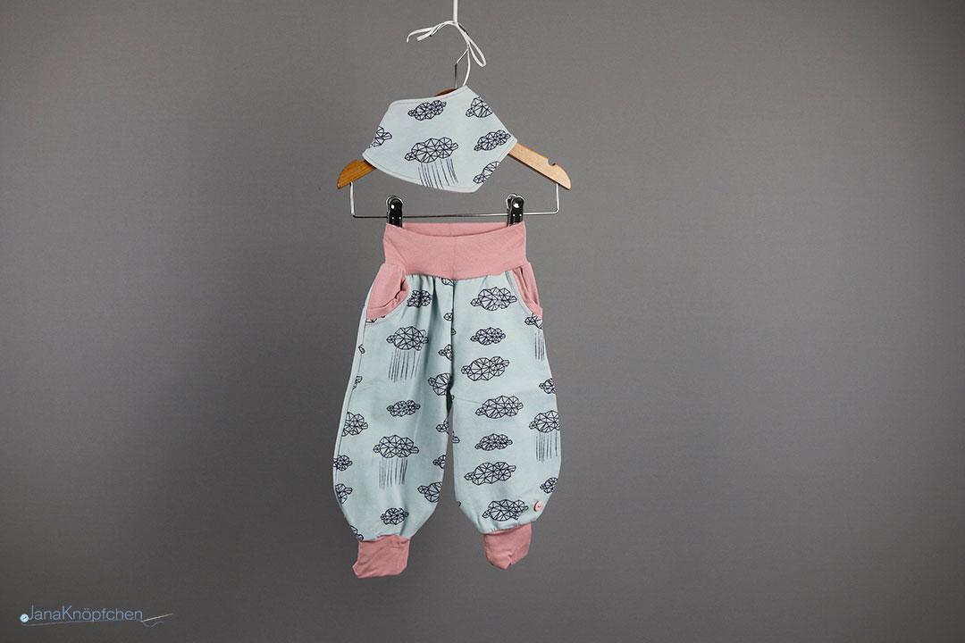 Babyset Wolkenhose mit Tuch für Mädchen - Gr. 62. JanaKnöpfchen