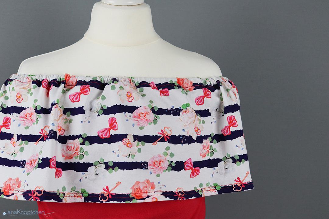 Blogpost schulterfreies Kleid mit Leggings nähen. JanaKnöpfchen - Nähen für Jungs