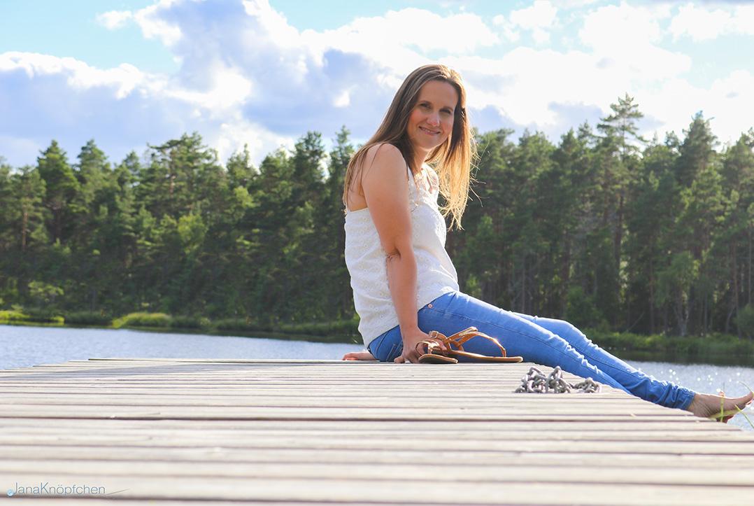Am Steck mit dem selbstgenähten Sommertop. JanaKnöpfchen - Nähen für Jungs