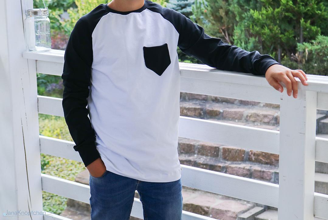Selbstgenähtes Shirt mit Brusttasche für Jungs. JanaKnöpfchen - Nähen für Jungs