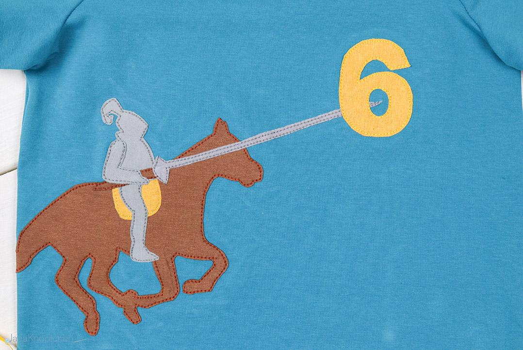 Detail der Ritterapplikation auf Geburtstagsshirt. JanaKnöpfchen - Nähen für Jungs