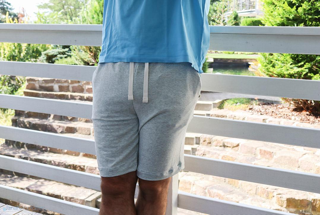 Kordeln an der selbstgenähten Jogginghose für Männer. JanaKnöpfchen - Nähen für Jungs