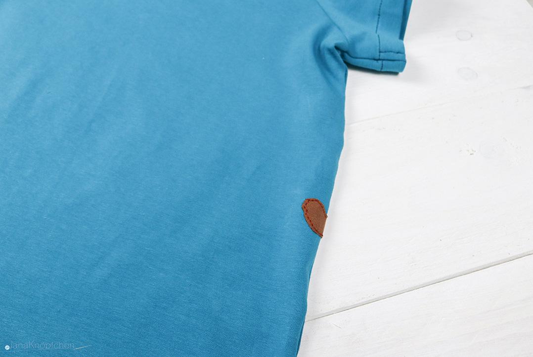 Detail der Ritterapplikation auf Rückseite des Shirts. JanaKnöpfchen - Nähen für Jungs