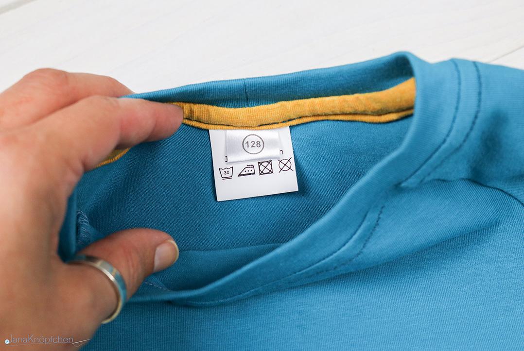 Wäscheschild am selbstgenähten Shirt. JanaKnöpfchen - Nähen für Jungs
