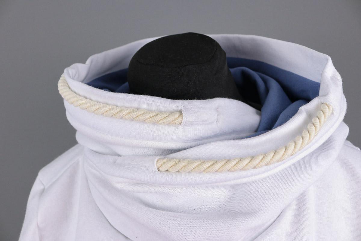 Detail der Kordeln an selbstgenähten Hoodie. JanaKnöpfchen - Nähen für Jungs