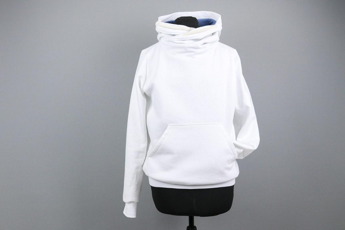 Weißen Hoodie nähen für Frauen. JanaKnöpfchen - Nähen für Jungs